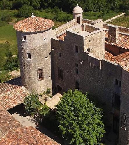 Chateaux près de Château de Chaussy